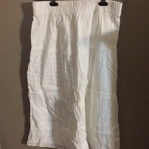 Old Navy Skirts - White peasant skirts